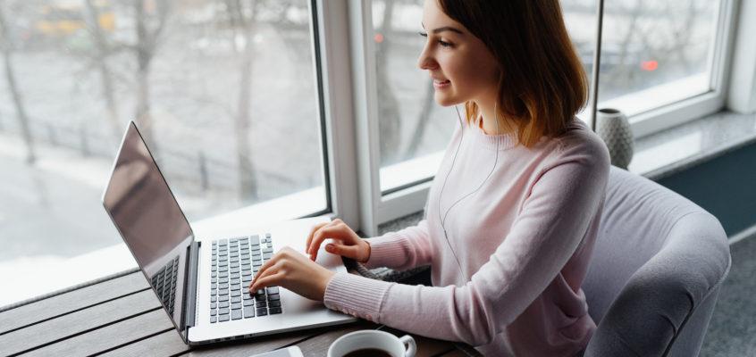 Trabajar desde casa y cómo ganar dinero online