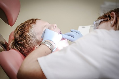 Curso de Auxiliar de Odontología